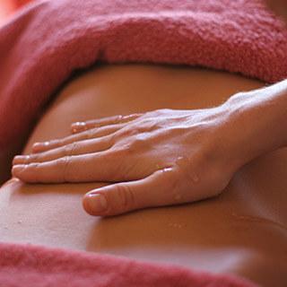 Wochenbett-Massage